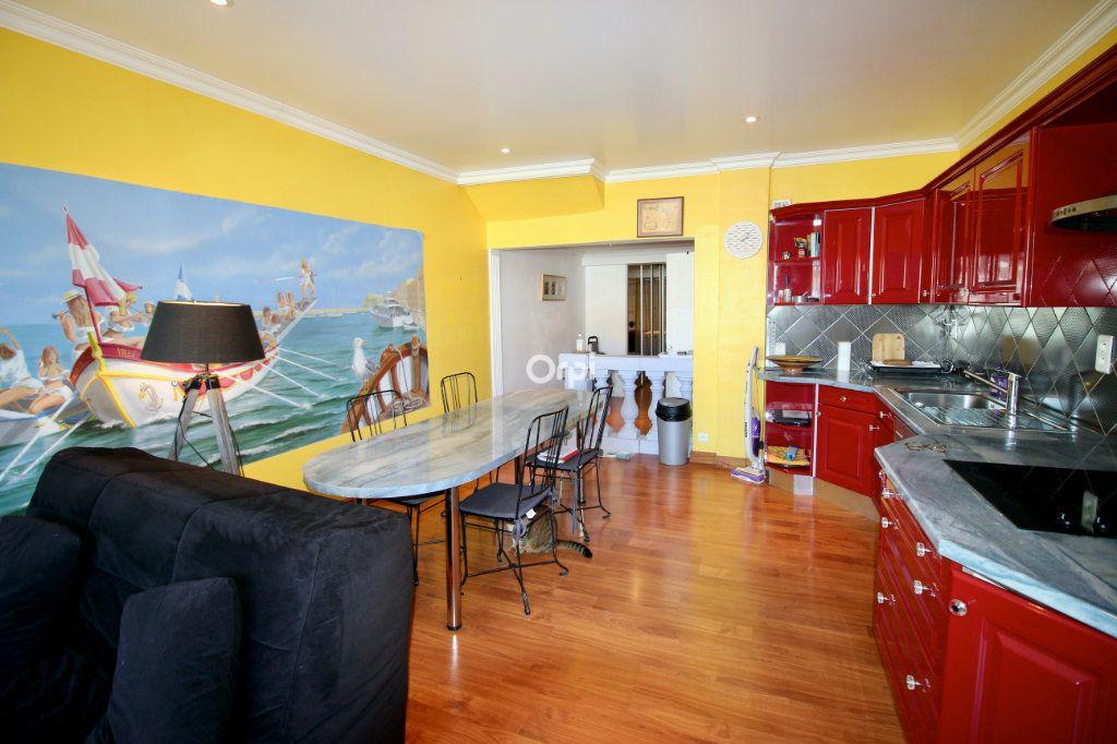Appartement à vendre 2 50m2 à Sète vignette-5