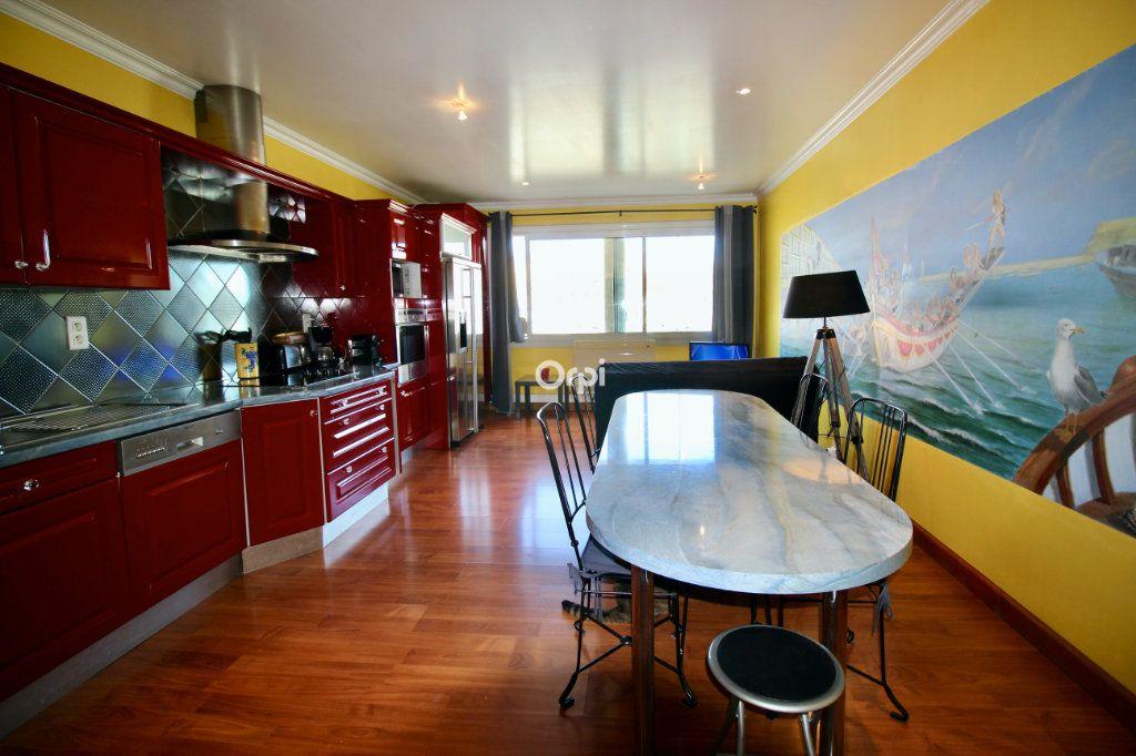 Appartement à vendre 2 50m2 à Sète vignette-6