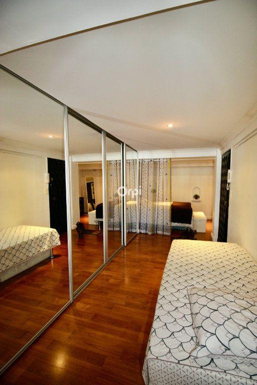 Appartement à vendre 2 50m2 à Sète vignette-8