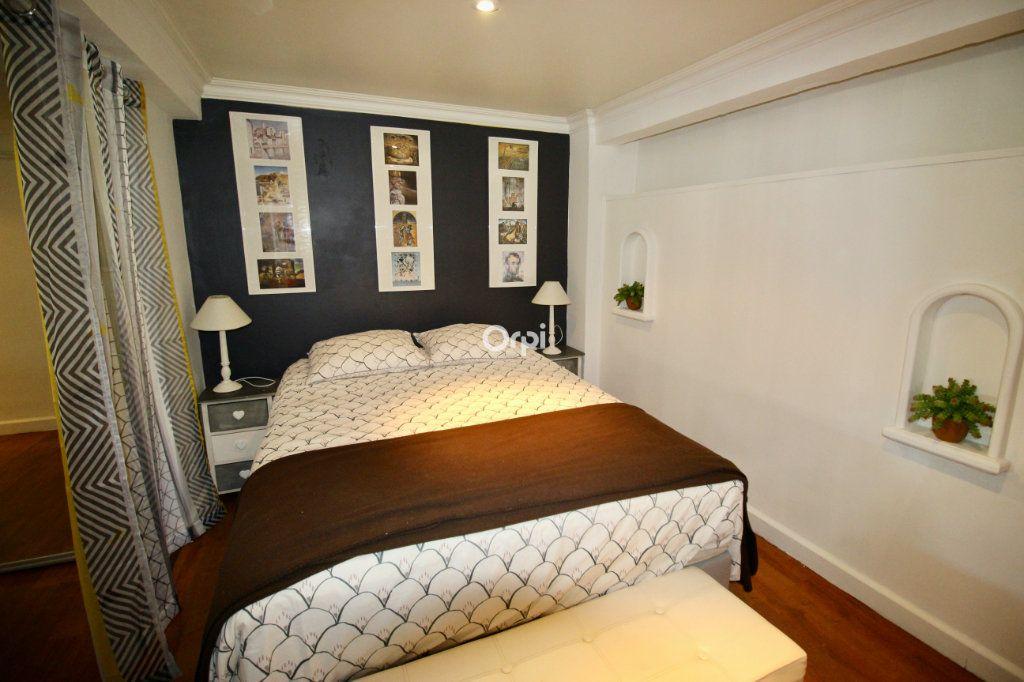 Appartement à vendre 2 50m2 à Sète vignette-9