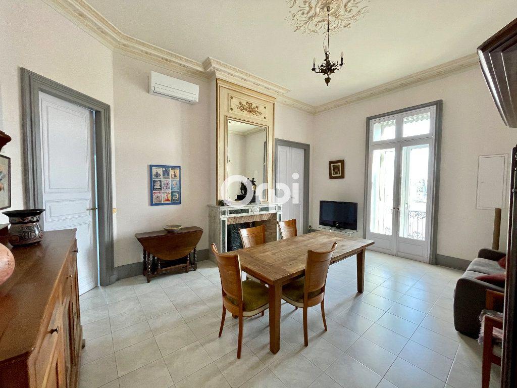 Appartement à vendre 2 55m2 à Sète vignette-1