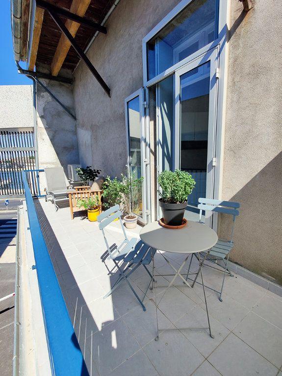 Appartement à vendre 2 55m2 à Sète vignette-6