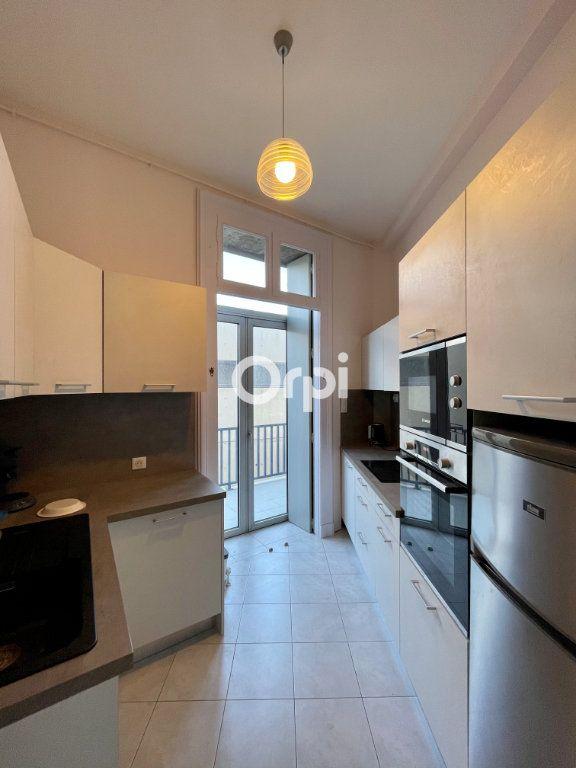 Appartement à vendre 2 55m2 à Sète vignette-7