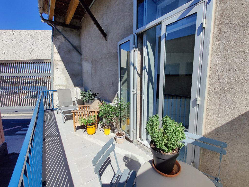 Appartement à vendre 2 55m2 à Sète vignette-12
