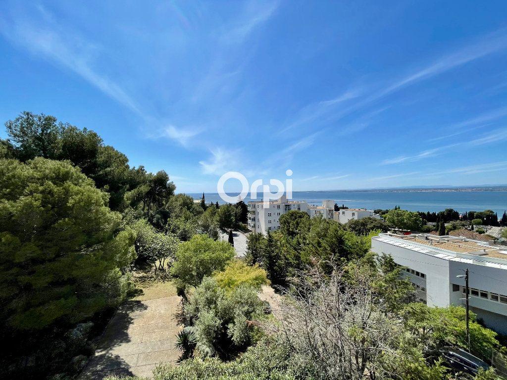 Appartement à vendre 2 31m2 à Sète vignette-1