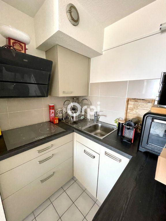 Appartement à vendre 2 31m2 à Sète vignette-5