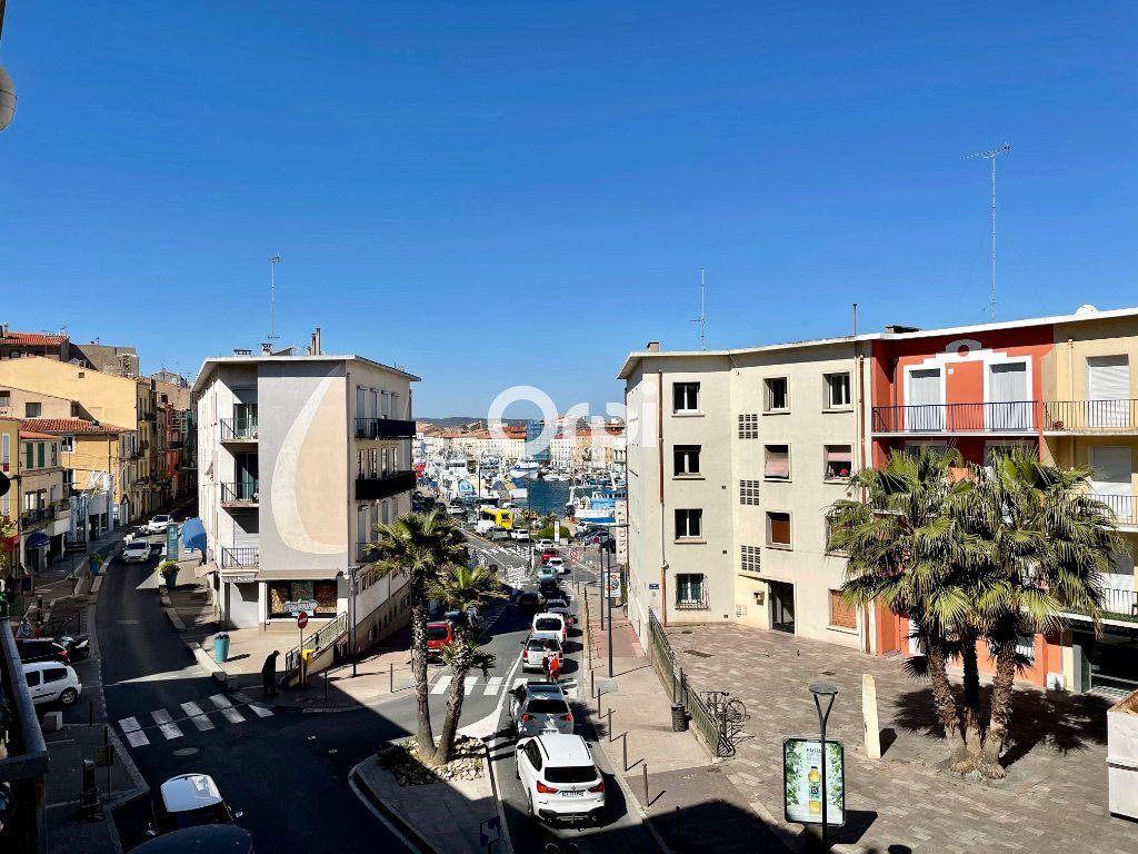 Appartement à vendre 4 64m2 à Sète vignette-1