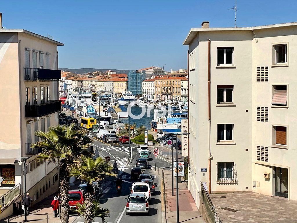 Appartement à vendre 4 64m2 à Sète vignette-7