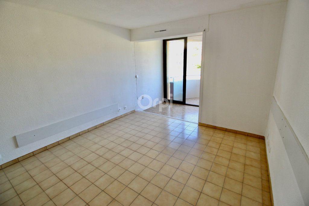Appartement à louer 1 19.29m2 à Sète vignette-2