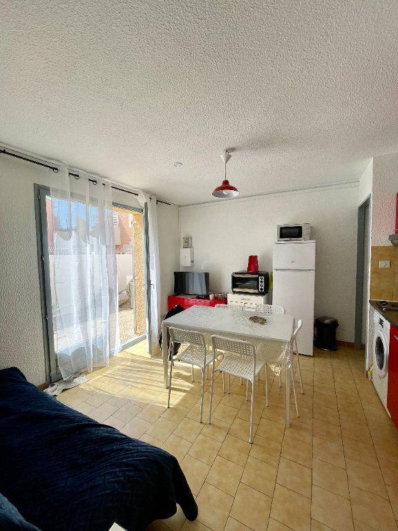 Appartement à louer 2 30.68m2 à Sète vignette-1