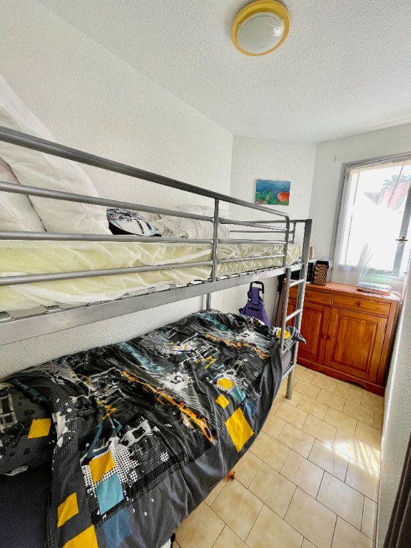 Appartement à louer 2 30.68m2 à Sète vignette-5