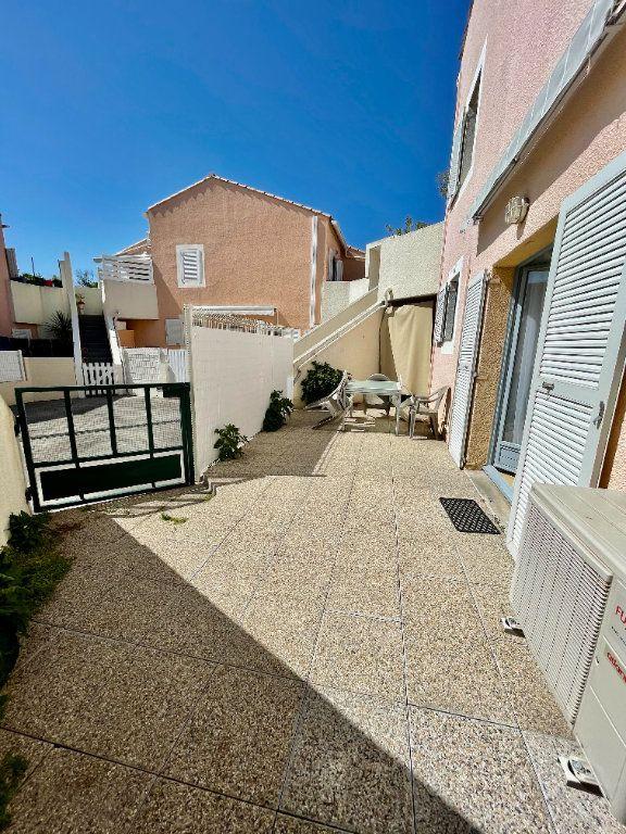 Appartement à louer 2 30.68m2 à Sète vignette-6