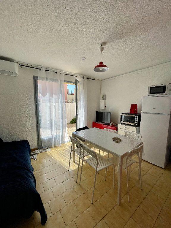 Appartement à louer 2 30.68m2 à Sète vignette-8