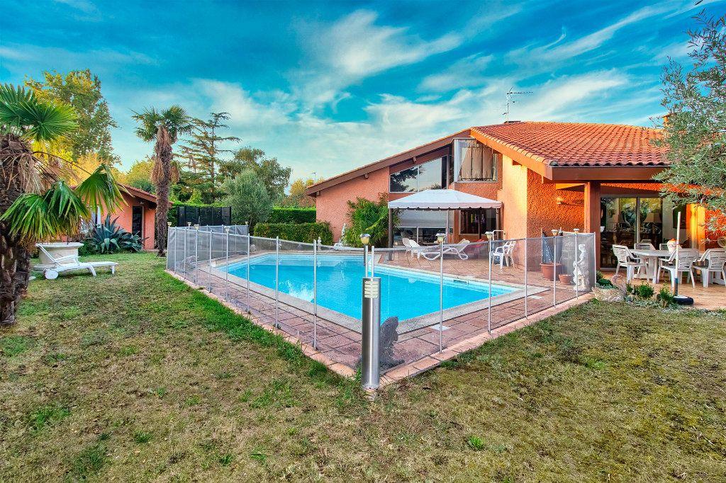 Maison à vendre 10 330m2 à Ramonville-Saint-Agne vignette-1