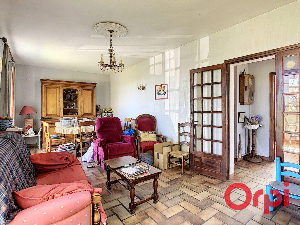 Maison à vendre 5 120m2 à Mondouzil vignette-4
