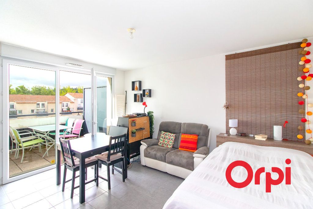 Appartement à vendre 2 48.32m2 à Castanet-Tolosan vignette-1