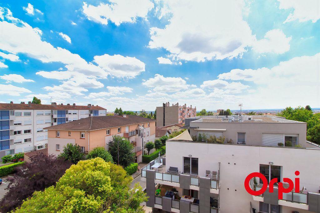 Appartement à vendre 3 69.1m2 à Toulouse vignette-9