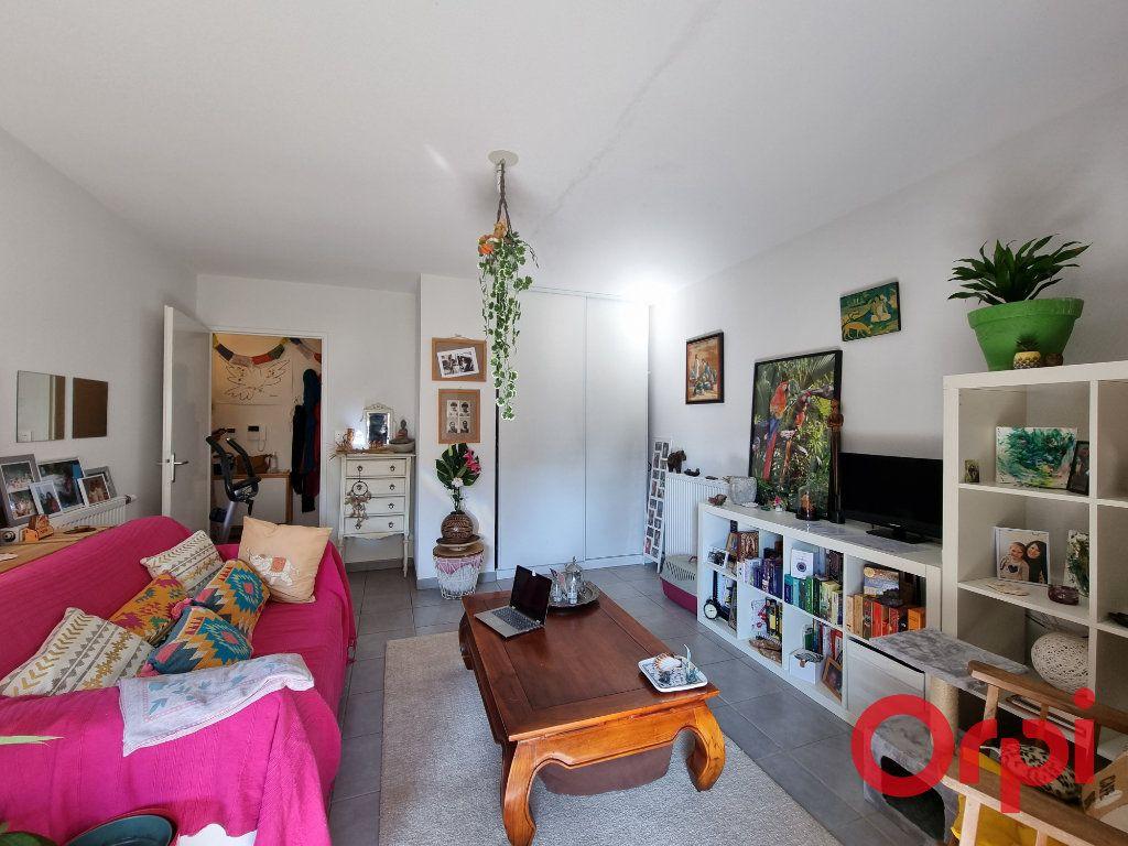 Appartement à vendre 2 48.17m2 à Castanet-Tolosan vignette-3