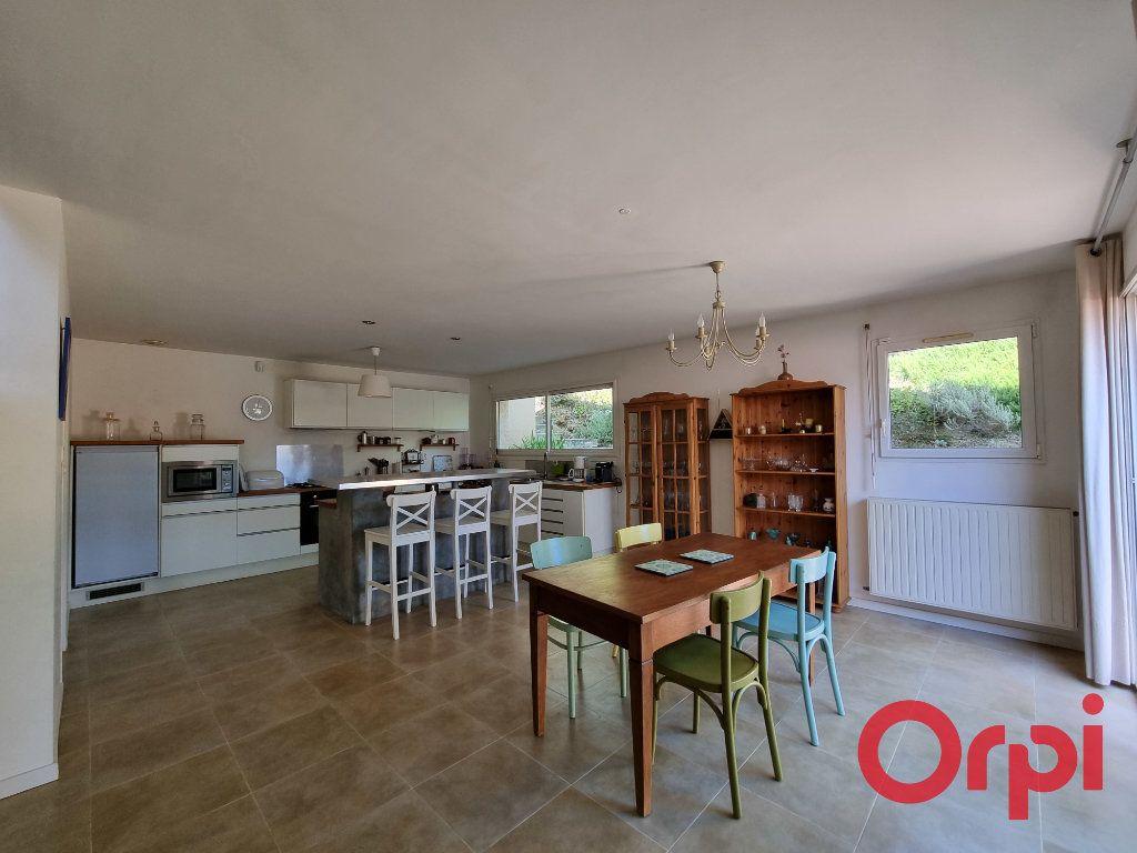 Maison à vendre 5 147m2 à Castanet-Tolosan vignette-3