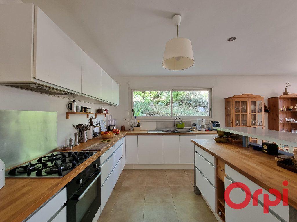Maison à vendre 5 147m2 à Castanet-Tolosan vignette-4