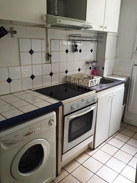 Appartement à louer 3 60.6m2 à Paris 10 vignette-4