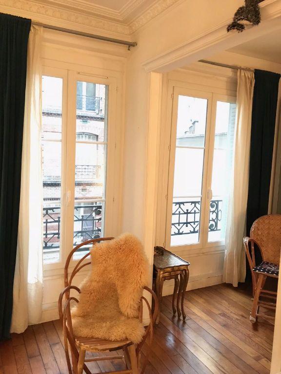 Appartement à louer 2 37m2 à Paris 10 vignette-4