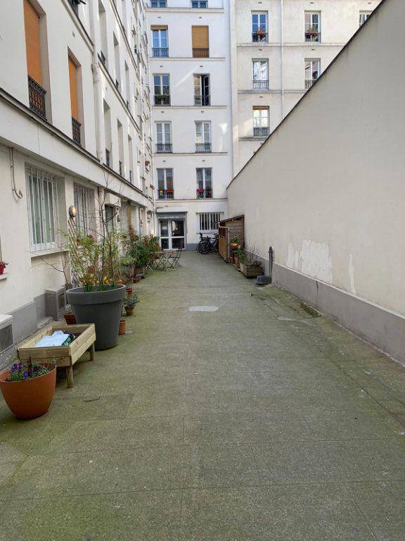 Appartement à louer 2 37.01m2 à Paris 10 vignette-4