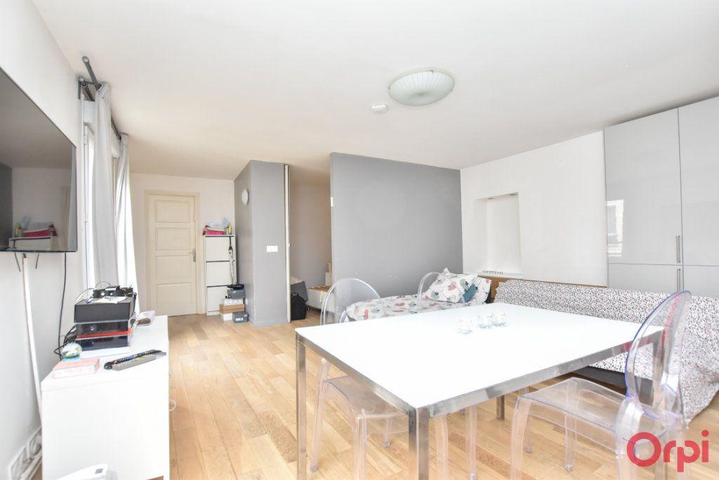 Appartement à vendre 3 55.04m2 à Paris 10 vignette-4