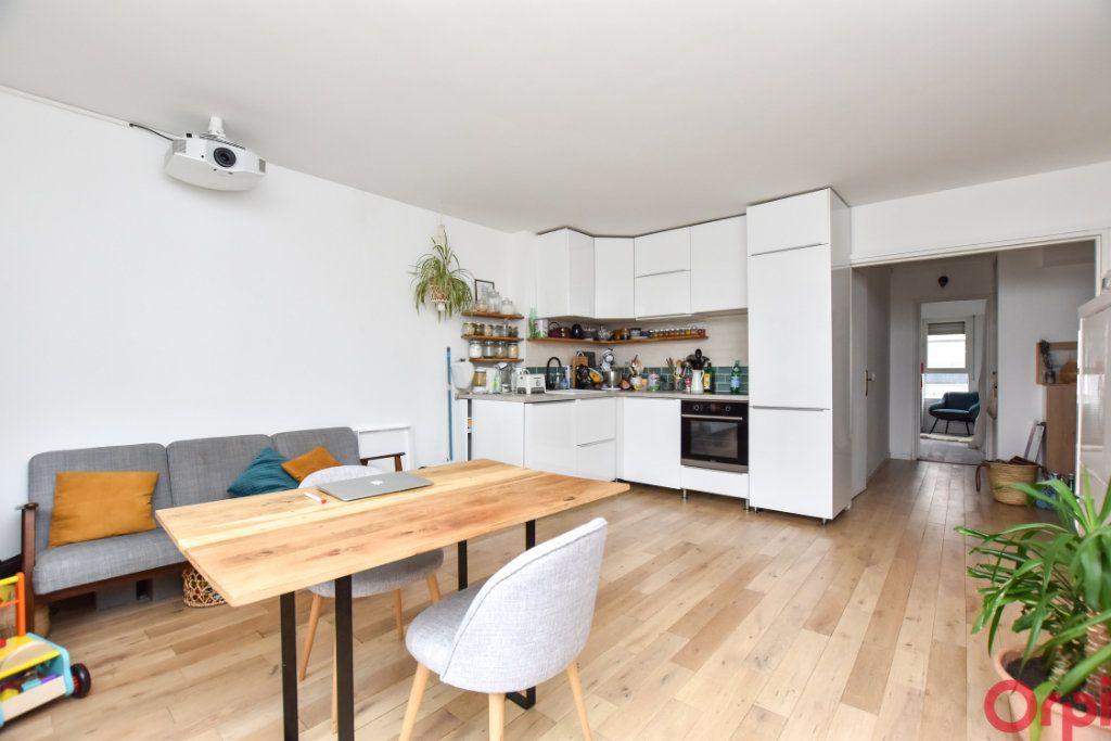 Appartement à vendre 2 52m2 à Paris 12 vignette-1