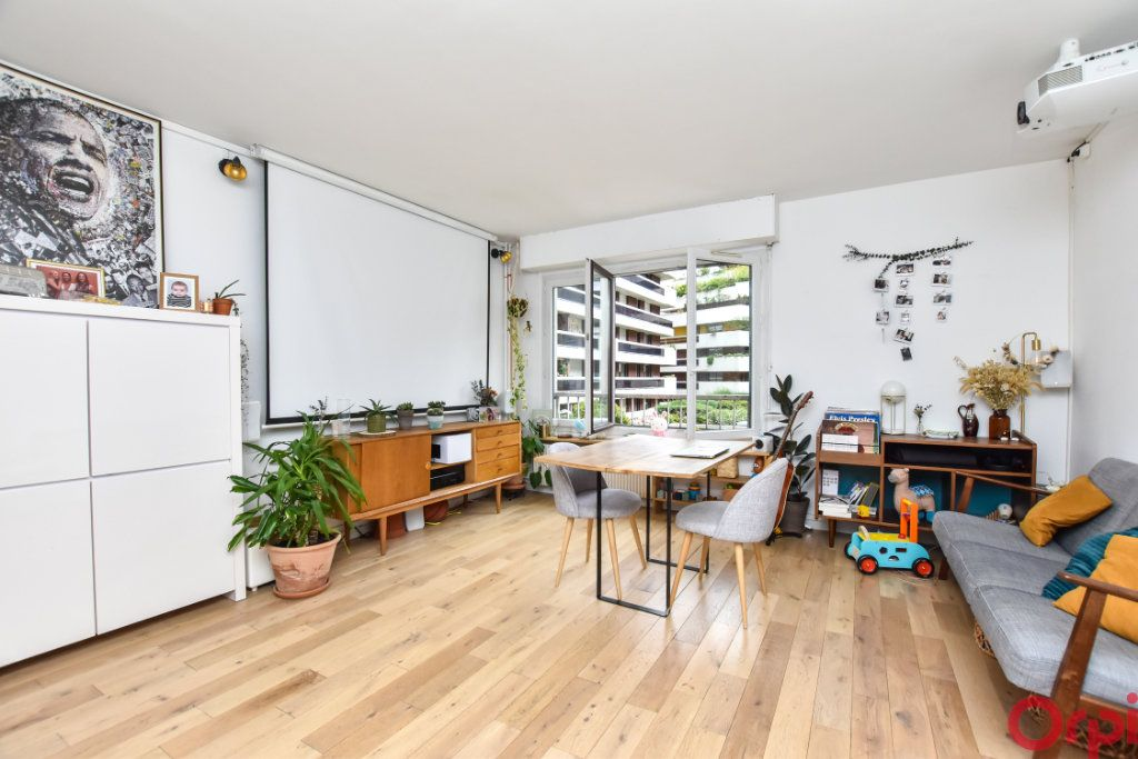 Appartement à vendre 2 52m2 à Paris 12 vignette-2