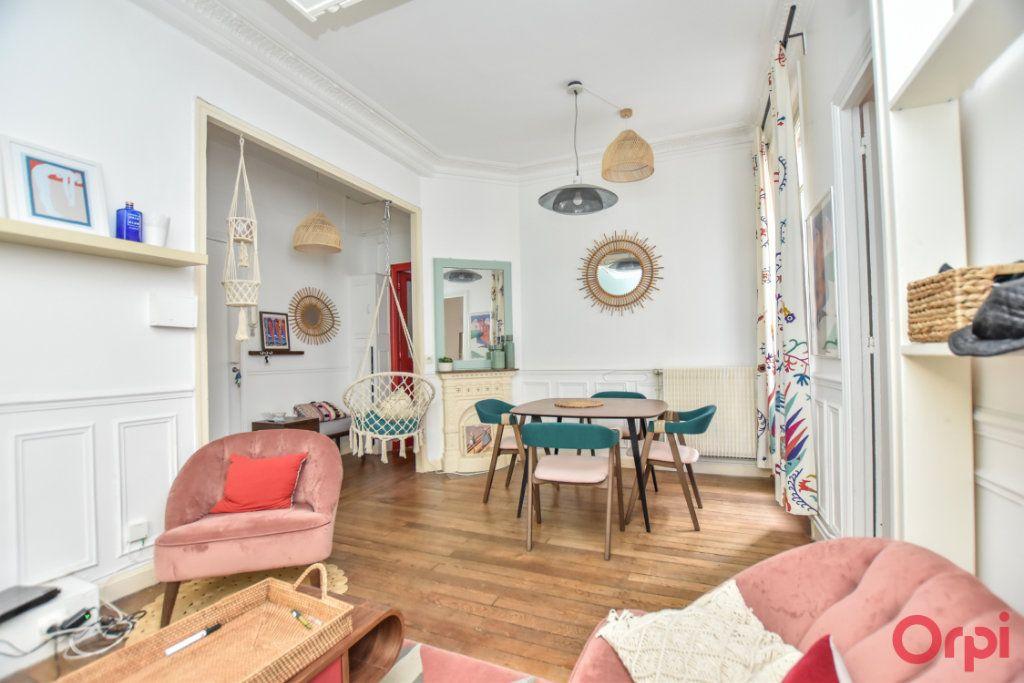 Appartement à vendre 2 48.03m2 à Paris 10 vignette-2