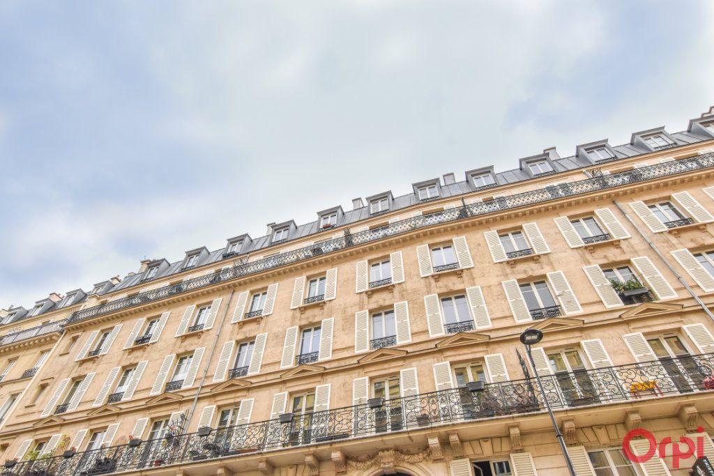 Appartement à vendre 2 43.08m2 à Paris 10 vignette-9