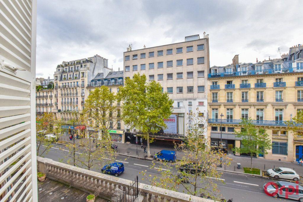 Appartement à vendre 3 61.19m2 à Paris 10 vignette-4