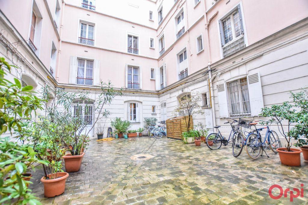 Appartement à vendre 3 60.52m2 à Paris 10 vignette-9