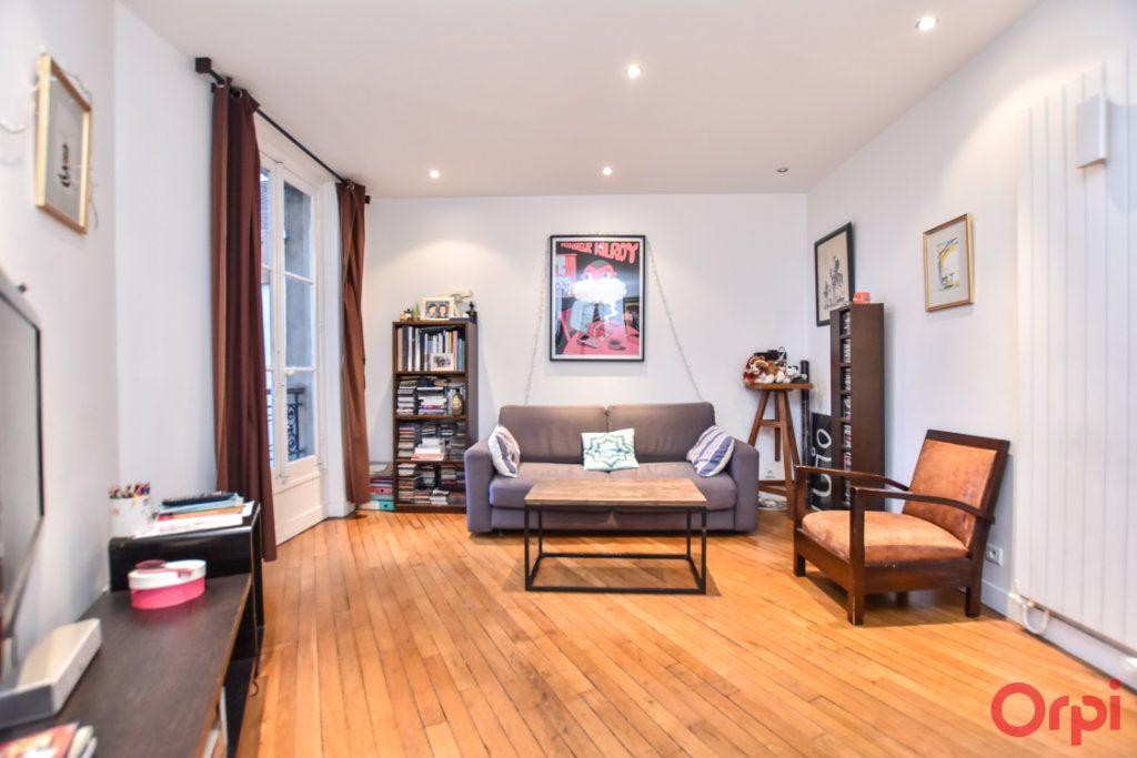 Appartement à vendre 3 72m2 à Saint-Mandé vignette-2