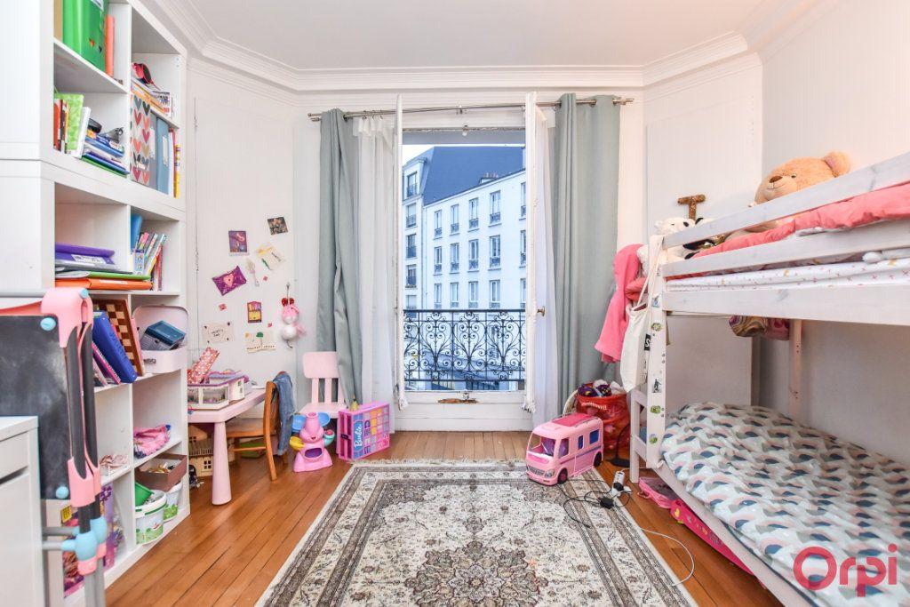 Appartement à vendre 3 72m2 à Saint-Mandé vignette-5