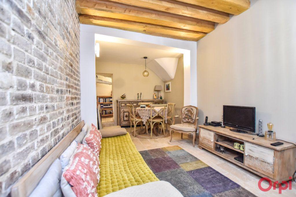 Appartement à vendre 2 43.14m2 à Paris 18 vignette-2