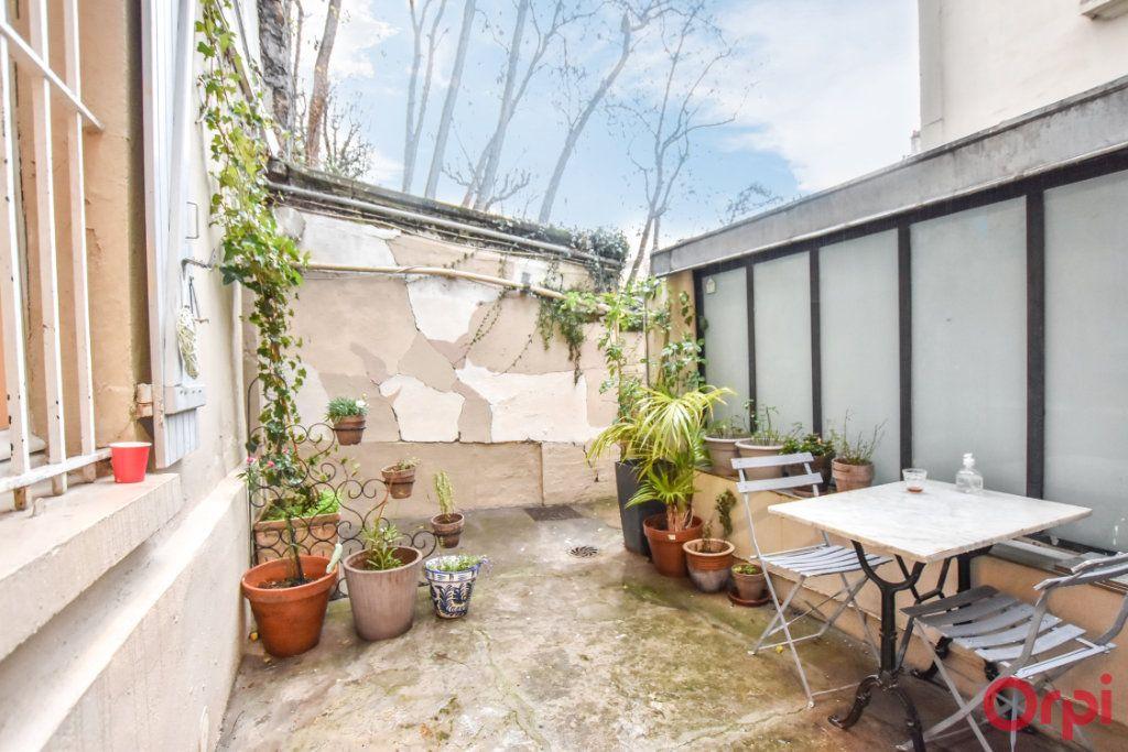 Appartement à vendre 2 43.14m2 à Paris 18 vignette-8