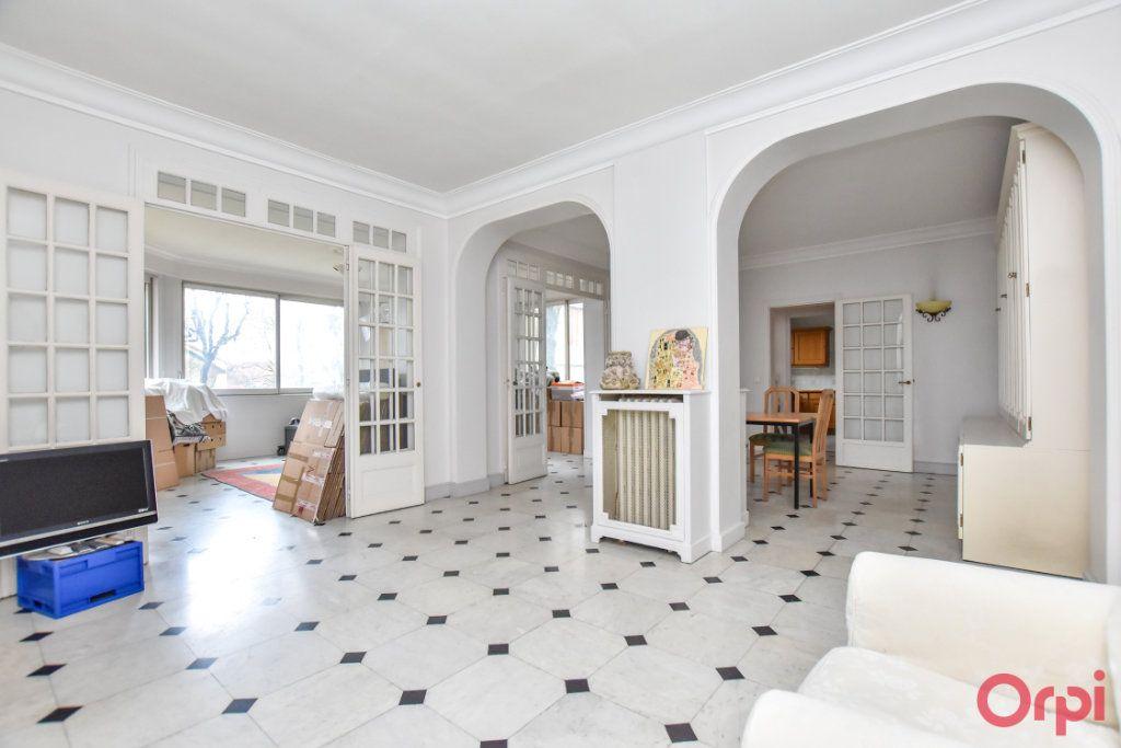 Maison à vendre 8 260m2 à Les Pavillons-sous-Bois vignette-4