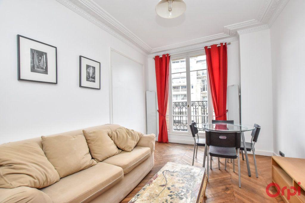 Appartement à vendre 3 60m2 à Paris 10 vignette-4