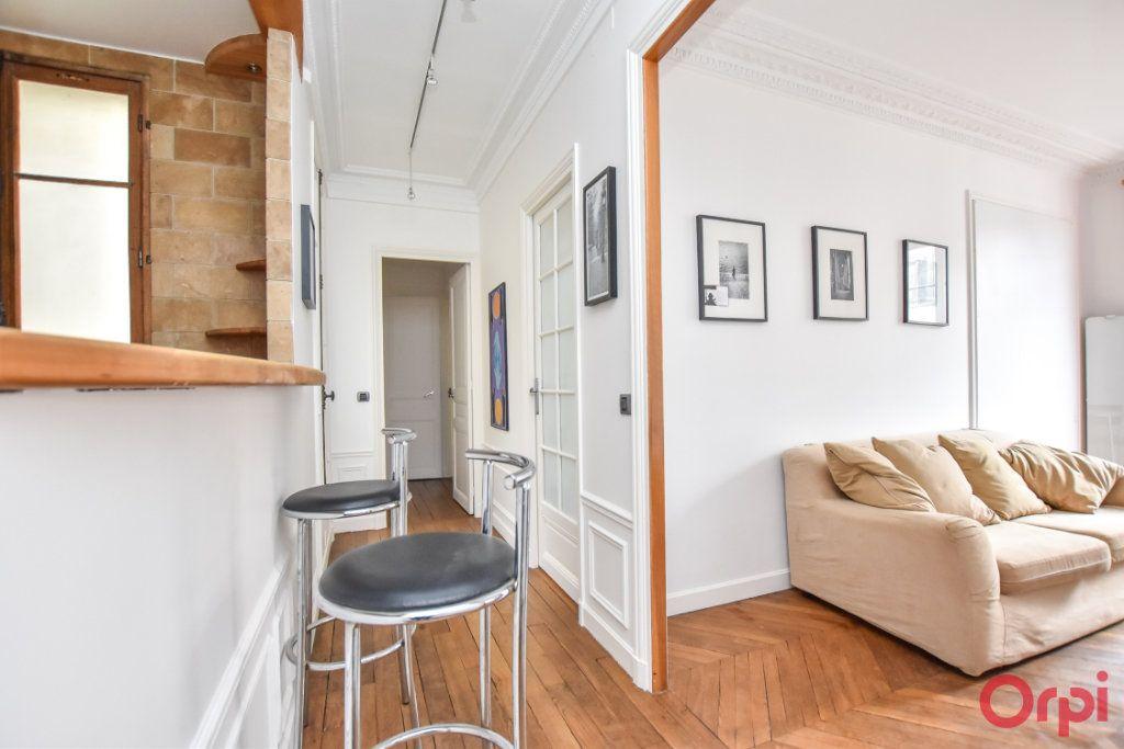 Appartement à vendre 3 60m2 à Paris 10 vignette-5