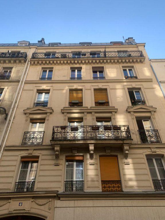 Appartement à louer 2 35m2 à Paris 11 vignette-1