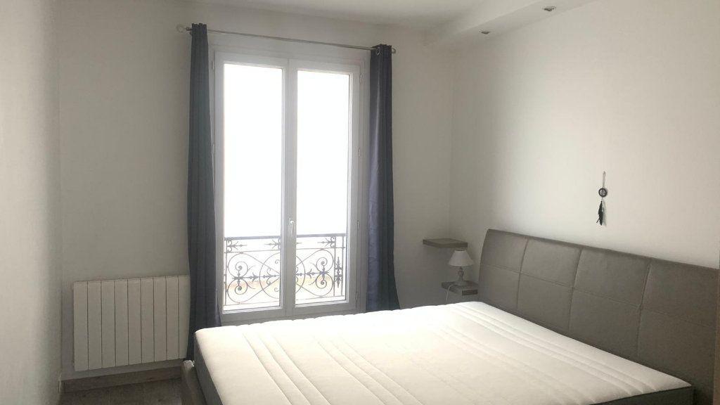 Appartement à louer 2 35m2 à Paris 11 vignette-3