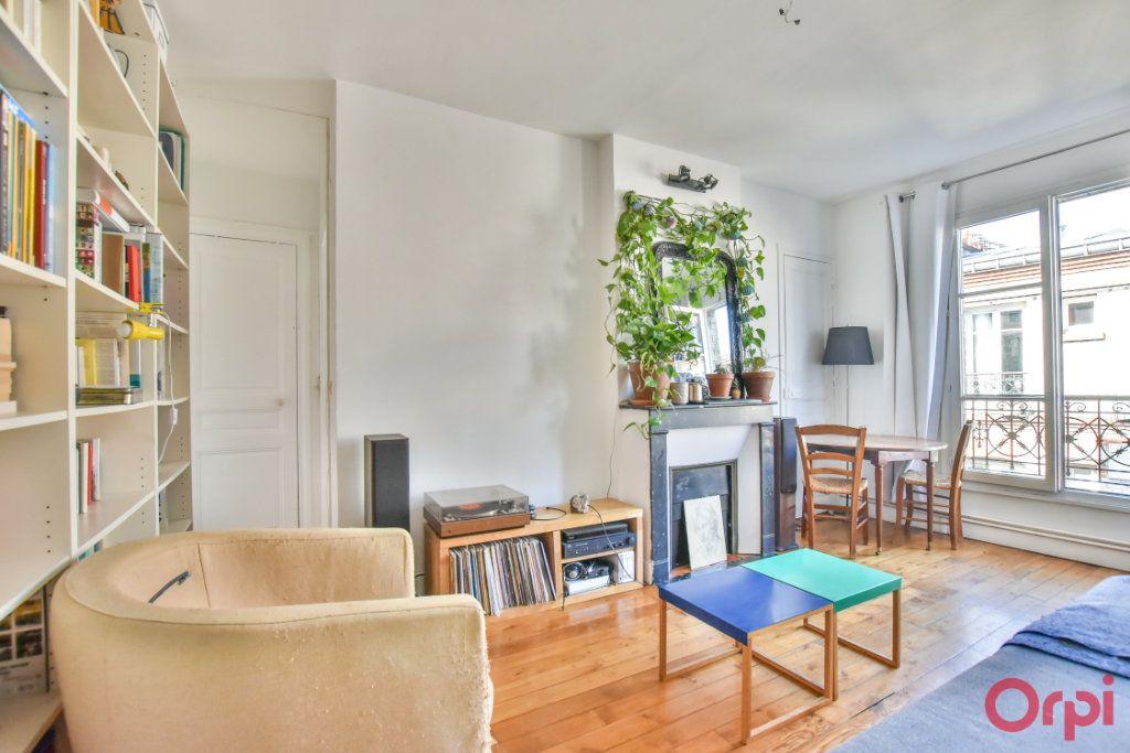 Appartement à vendre 2 37.31m2 à Paris 18 vignette-3