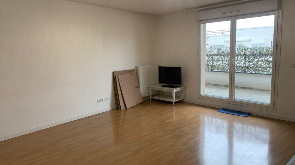 Appartement à vendre 4 76.35m2 à Drancy vignette-2