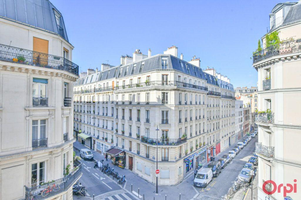 Appartement à vendre 3 67m2 à Paris 10 vignette-6