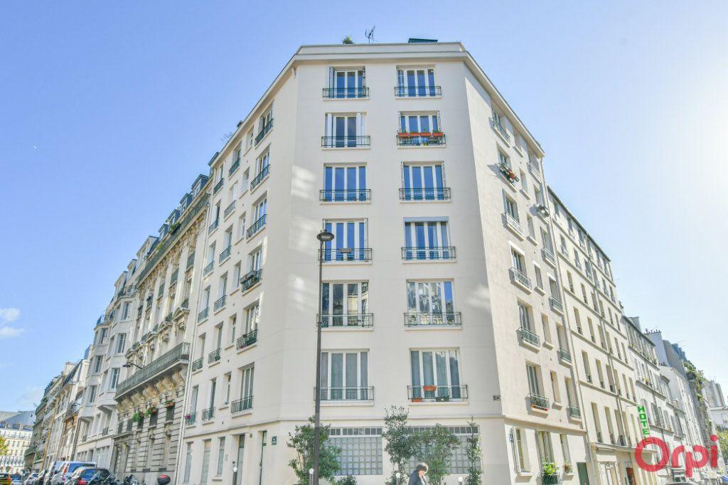 Appartement à vendre 3 67m2 à Paris 10 vignette-10