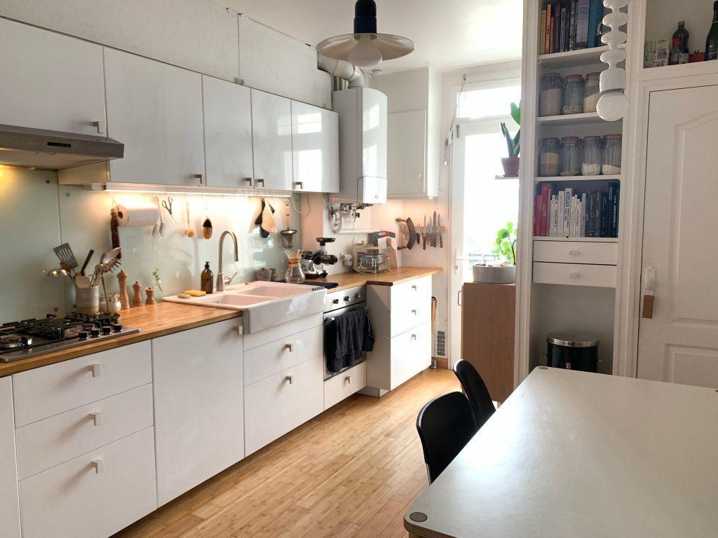 Appartement à vendre 3 80.9m2 à Paris 19 vignette-5