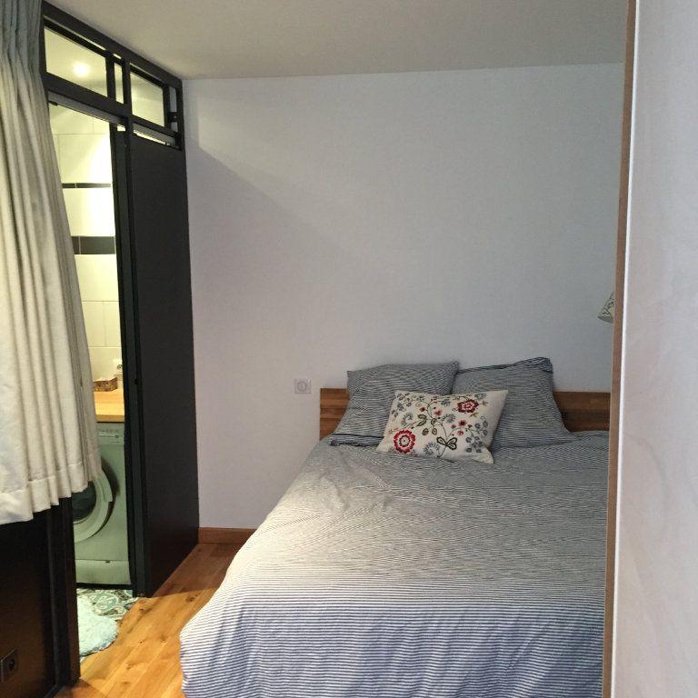 Appartement à louer 2 35m2 à Paris 10 vignette-6