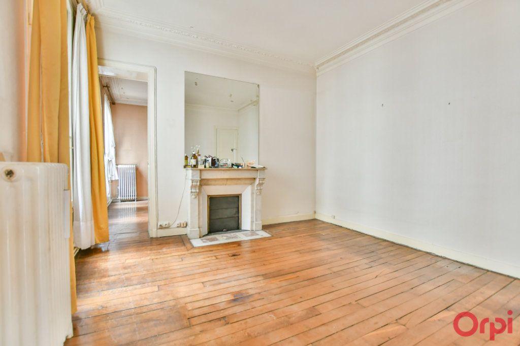 Appartement à vendre 3 57.92m2 à Paris 10 vignette-7